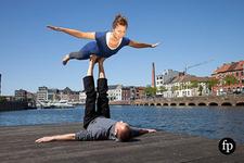 Yoga houdingen voor 2 personen