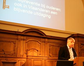 Dhr. Jo Vandeurzen, Vlaams minister van Welzijn, Volksgezondheid en Gezin