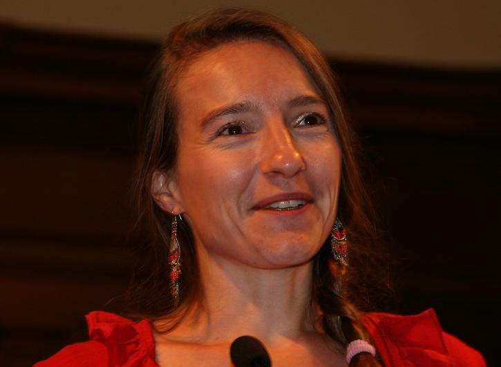 Dr. Kim Delbaere