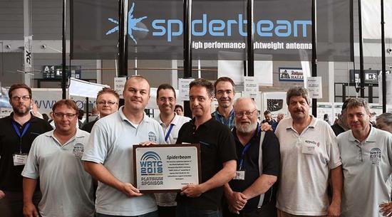 Spiderbeam and Appello Team recieving their WRTC PLATINUM 2018 SPONSOR award at Ham Radio 2016