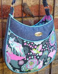 Roll With It Tote Pattern by Andrie Designs