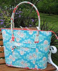 A Perfectly Practical Bag Pattern by Aunties Two