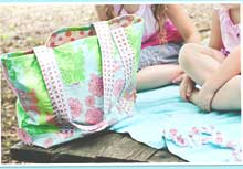 Vinyl Beach Tote & Towel Set Pattern by Aunt Tam's Pattern Co.