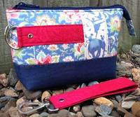 Classic Clutch Pattern by Andrie Designs