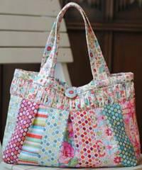 The Anne Handbag Pattern by Clover & Violet