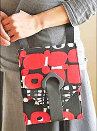 Quick Grommet Crossbody Bag Pattern by Indygo Junction