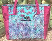The Portfolio Tote Pattern by Quilts Illustrated