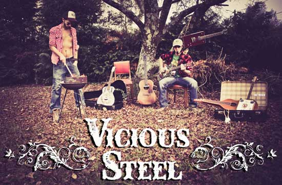 Vicious Steel - Duo feu de camp goût kérosène
