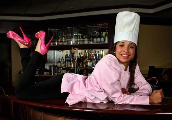 Elise Hell S Kitchen Season