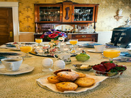 Gourmet breakfasts are just one of Holden House' special touches!