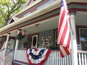 Click here for our Veteran's Day and B&B Discount Specials!