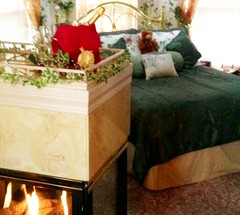 Holden House Victorian Valentine's Special brings romance to life!