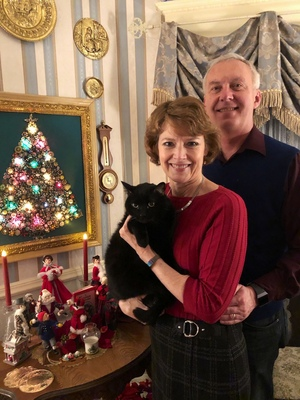 Innkeepers Sallie and Welling Clark and Mingtoy wish you a Merry Christmas!